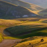 Random landscape photo - Valley of fields